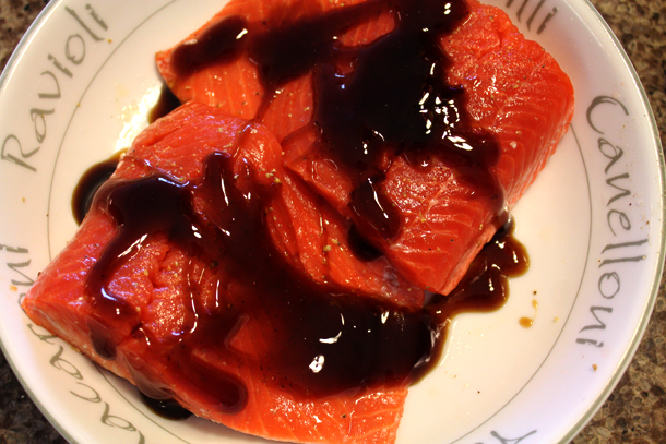 teriyaki marinating salmon